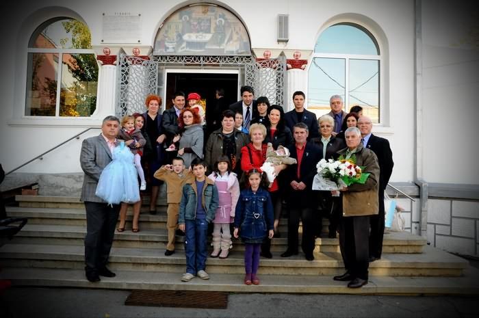 poza de grup cu familia la botez