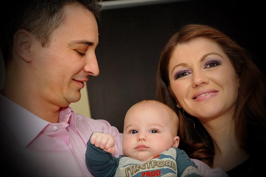 fotograf botez parintii si bebe